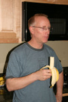 05_scott_eats_banana